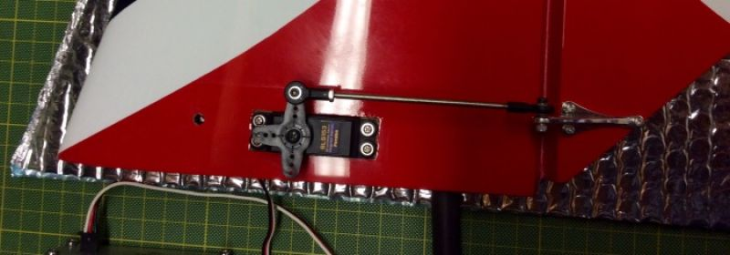 The stab servo & linkage installed